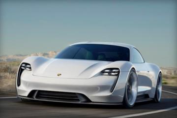 请珍惜开保时捷炸街的日子,因为到 2035 年,他们一半的产能都将是电动汽车