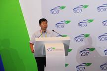 侯福深:从技术路线上讲,要优先发展紧凑型及以下的纯电动汽车